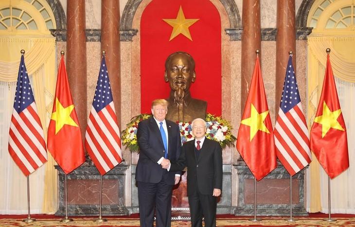 Tổng Bí thư, Chủ tịch nước Nguyễn Phú Trọng tiếp Tổng thống Mỹ Donald Trump nhân dịp sang Việt Nam dự Hội nghị thượng đỉnh Mỹ-Triều Tiên lần thứ hai. Ảnh: TTXVN