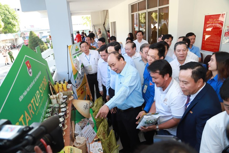 Thủ tướng lần thứ ba trực tiếp đối thoại cùng nông dân