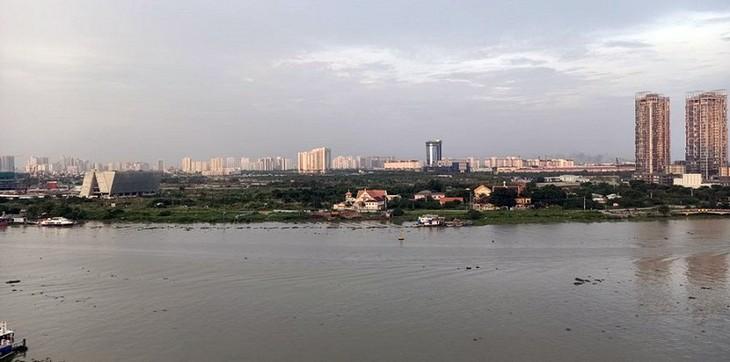 Khu đô thị mới Thủ Thiêm nhìn từ Quận 1