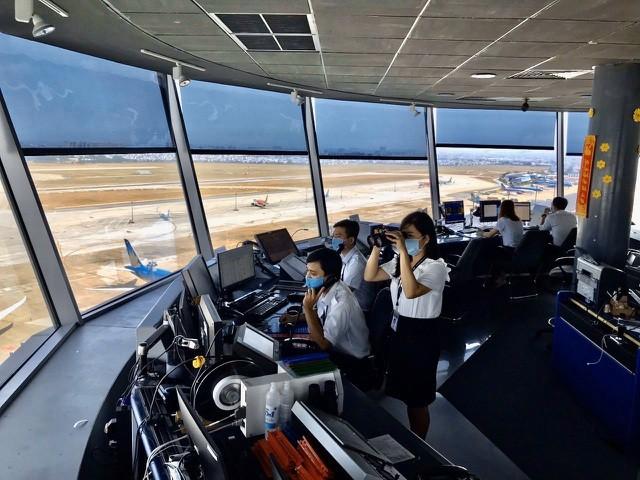 """Đài chỉ huy không lưu tại Đà Nẵng sẽ cách ly trong 15 ngày, """"nội bất xuất, ngoại bất nhập"""""""