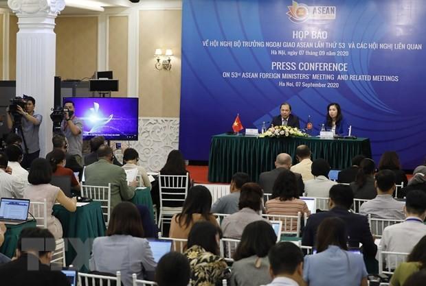Họp báo về Hội nghị Bộ trưởng Ngoại giao ASEAN lần thứ 53. Ảnh: TTXVN
