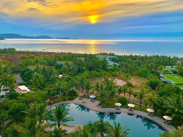 Một góc nhỏ Cam Ranh Riviera Beach Resort & Spa được chụp tuyệt đẹp dưới đôi tay khéo léo của du khách