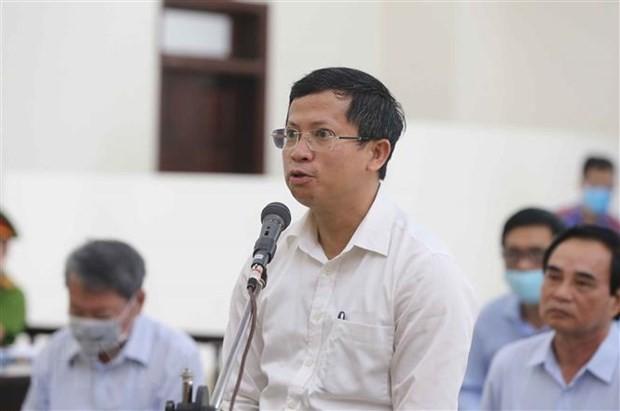 Bị cáo Lê Cảnh Dương (nguyên Giám đốc Ban Xúc tiến và Hỗ trợ đầu tư thành phố Đà Nẵng) khai báo trước Hội đồng xét xử ngày 4/5/2020. Ảnh: TTXVN