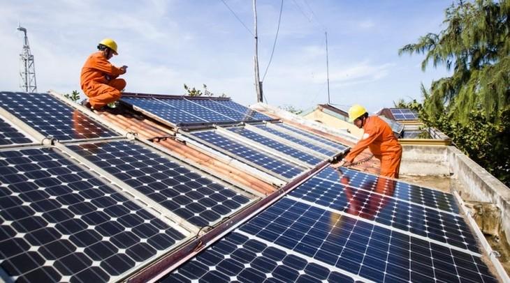Bộ Công Thương hướng dẫn về đầu tư điện mặt trời mái nhà. Ảnh minh họa: Intrenet