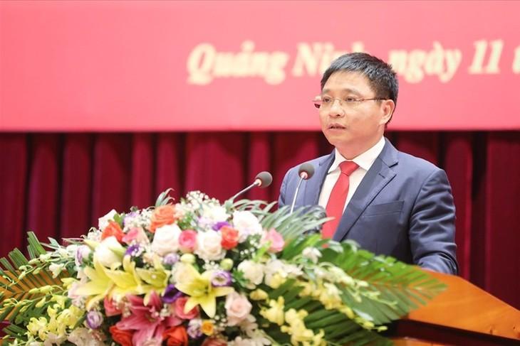 Ông Nguyễn Văn Thắng phát biểu sau khi nhận quyết định của Bộ Chính trị chiều 11/10
