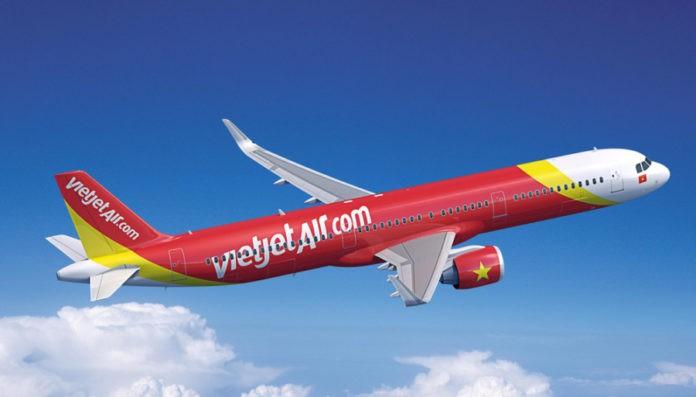 Vietjet điều chỉnh giờ một số chuyến bay, một số chuyến tạm ngừng khai thác để tránh bão