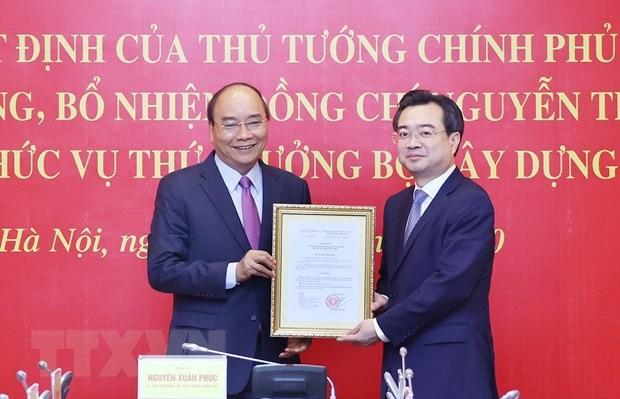 Thủ tướng trao quyết định bổ nhiệm Thứ trưởng Bộ Xây dựng