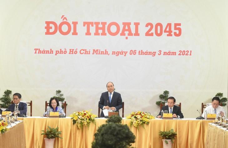 Đối thoại 2045 diễn ra tại Hội trường Thống Nhất, TP.HCM. Ảnh: VGP