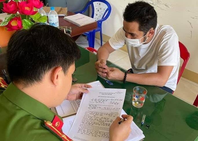 Nguyễn Thanh Tùng làm việc với cơ quan Công an