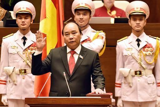 Thủ tướng Chính phủ Nguyễn Xuân Phúc tuyên thệ trước Quốc hội vào tháng 4/2016