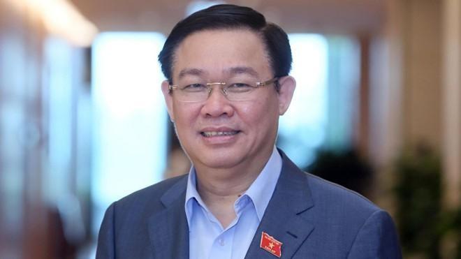 Uỷ viên Bộ Chính trị, Bí thư Thành ủy Hà Nội Vương Đình Huệ