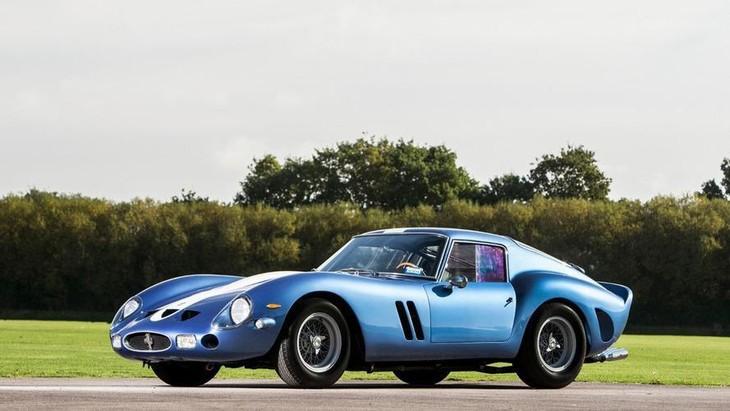 Siêu xe Ferrari cổ bán đấu giá hơn 70 triệu USD