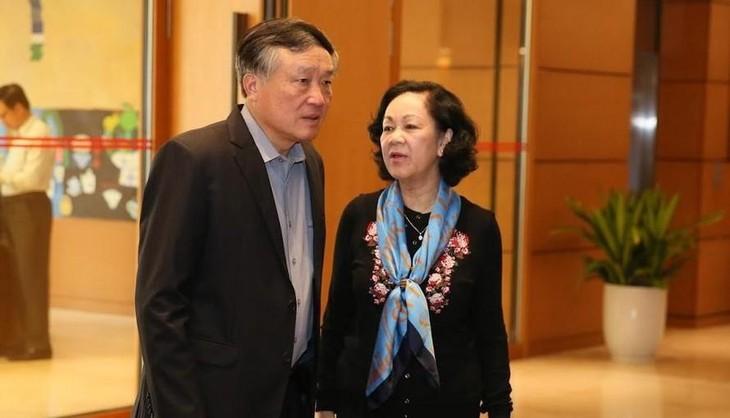 Bà Trương Thị Mai và ông Nguyễn Hòa Bình là 2 trong số 4 Uỷ viên Bộ Chính trị tham gia Ban Bí thư. Ảnh Như Ý