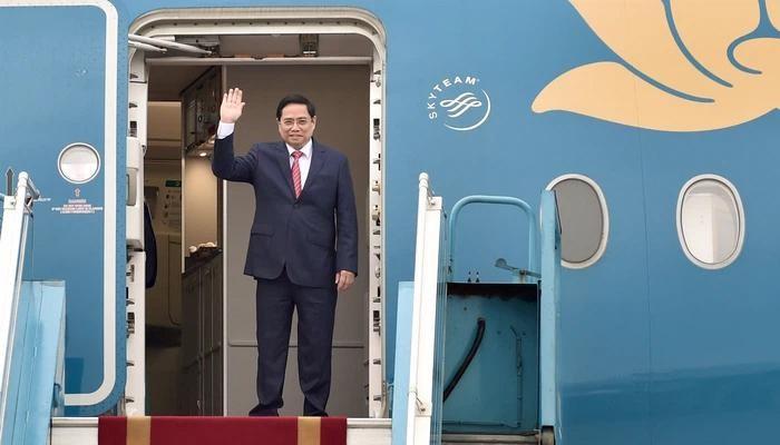 Thủ tướng Chính phủ Phạm Minh Chính lên đường tham dự Hội nghị các Nhà Lãnh đạo ASEAN được tổ chức tại Indonesia sáng 23/4 - Ảnh: VGP