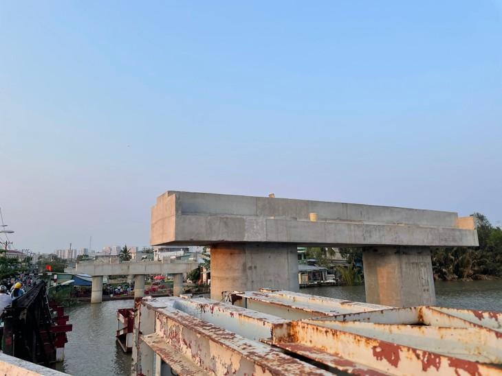 Công trường dang dở của cầu Long Kiểng