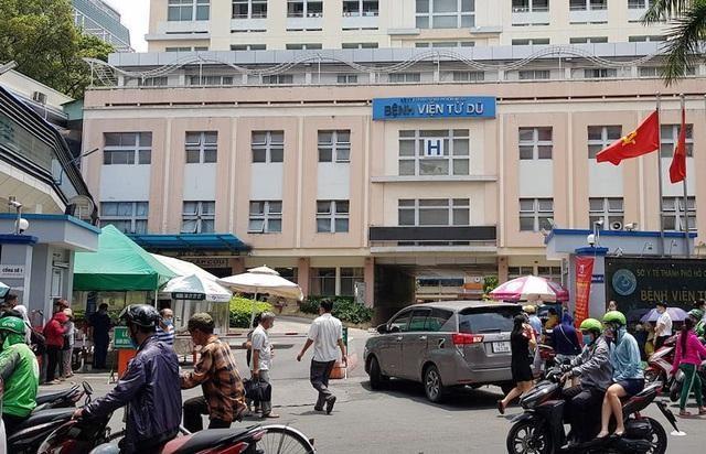 Xét nghiệm 40 nhân viên y tế bệnh viện Từ Dũ sau trường hợp 2 người nhập cảnh trái phép không khai báo