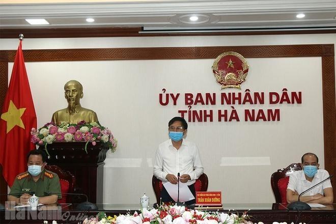 Ông Trần Xuân Dưỡng, Phó Chủ tịch UBND tỉnh, Phó trưởng Ban thường trực BCĐ PCD tỉnh Hà Nam phát biểu kết luận hội nghị. Ảnh: Báo Hà Nam