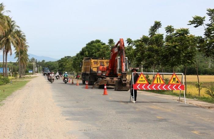 Quốc lộ 27 là tuyến giao thông nối Ninh Thuận và khu vực duyên hải Nam Trung Bộ với các tỉnh khu vực nam Tây Nguyên với có tổng chiều dài toàn tuyến 290km