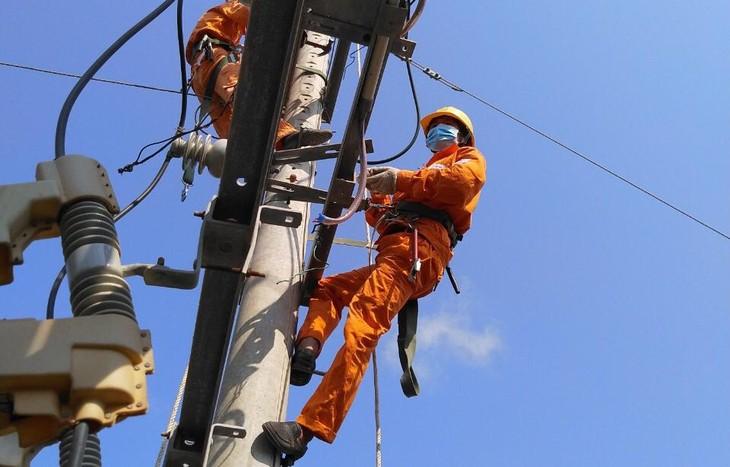 EVNSPC chỉ đạo thực hiện kiểm tra, củng cố lưới điện, nguồn điện, phương án đảm bảo cung cấp điện ổn định, liên tục, an toàn
