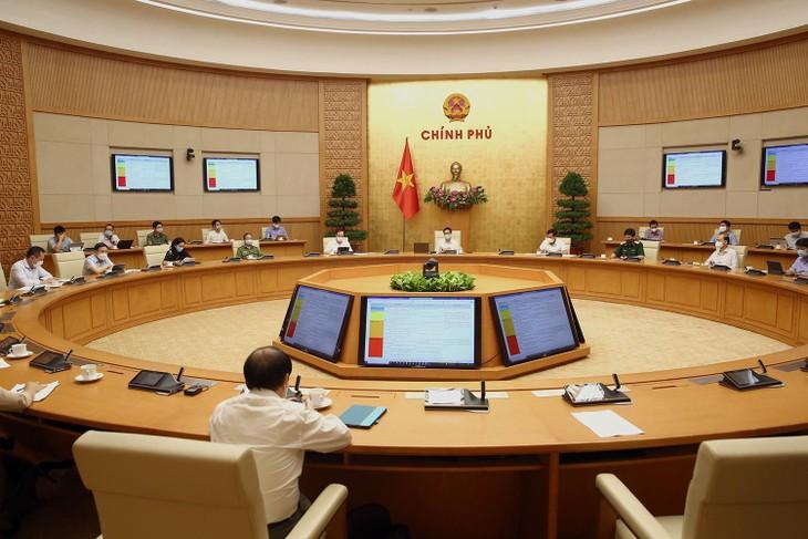 Phó Thủ tướng Vũ Đức Đam yêu cầu Bắc Ninh, Bắc Giang cần nhanh chóng đưa các DN đủ điều kiện bảo đảm an toàn vệ sinh dịch tễ sớm trở lại hoạt động.