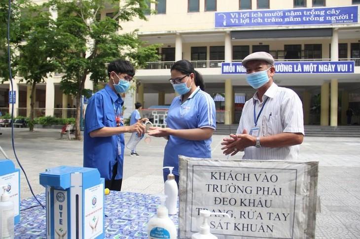 Đà Nẵng xét nghiệm cho hơn 16.000 người tham gia kỳ thi tốt nghiệp THPT