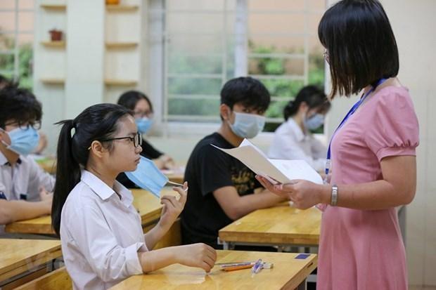 Học sinh Hà Nội dự thi vào lớp 10. Ảnh: Vietnam+
