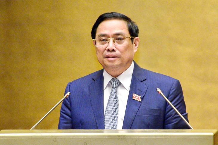 Thủ tướng Phạm Minh Chính nhấn mạnh: Chính phủ đề nghị trước mắt giữ ổn định về tên gọi, cơ cấu tổ chức, số lượng các bộ và cơ quan ngang bộ như khóa XIV - Ảnh: VGP