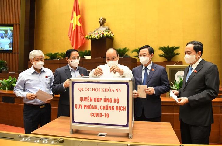 Quốc hội thông qua việc bổ sung nội dung về phòng, chống dịch COVID-19 vào Nghị quyết của Kỳ họp thứ nhất