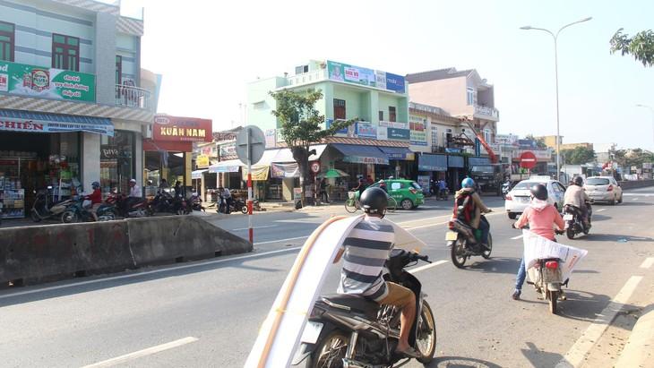 Trước thực trạng gia tăng nhanh chóng số lượng phương tiện lưu thông trên Quốc lộ 1, đoạn đi qua địa bàn tỉnh Quảng Nam, gây ùn tắc vào giờ cao điểm. Ảnh chỉ mang tính minh họa. Nguồn Internet