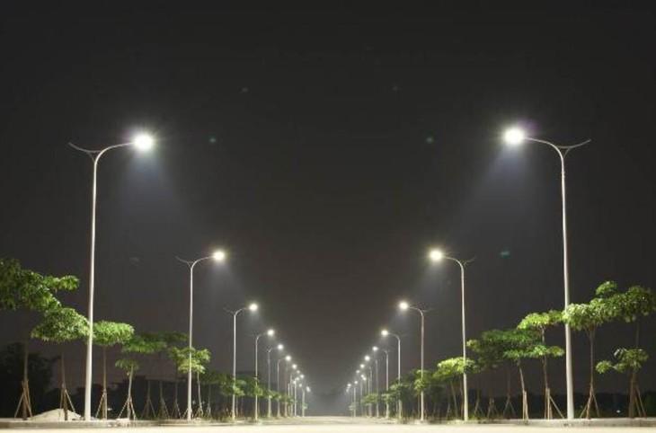 Đấu thầu lắp đặt thiết bị chiếu sáng tại Phú Yên: Không làm rõ hợp đồng tương tự, nhà thầu phản ứng