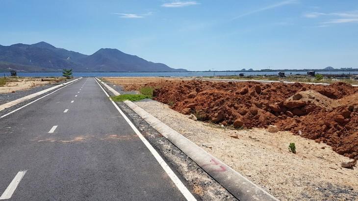 Một thửa đất đìa tôm được chuyển đổi đất ở để phân lô bán nền tại H.Cam Lâm