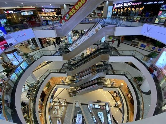 Hà Nội cho phép hoạt động trở lại thể dục thể thao ngoài trời, trung tâm thương mại từ ngày 28/9. Ảnh: Đức Anh