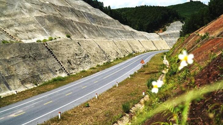 Chấp thuận nghiệm thu cao tốc La Sơn - Túy Loan để đưa vào vận hành khai thác