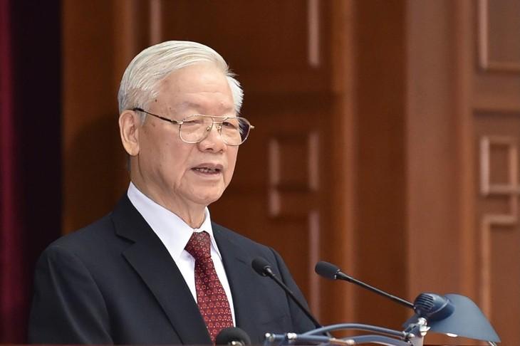 Tổng Bí thư Nguyễn Phú Trọng đề nghị Hội nghị thảo luận, đánh giá một cách khách quan, toàn diện tình hình phòng, chống dịch bệnh, phát triển kinh tế-xã hội 9 tháng đầu năm, dự báo đến hết năm 2021. Ảnh: VGP