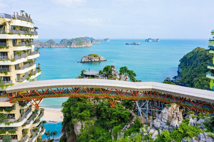 Bong bóng du lịch: Tia sáng cho ngành du lịch Việt Nam cuối 2021