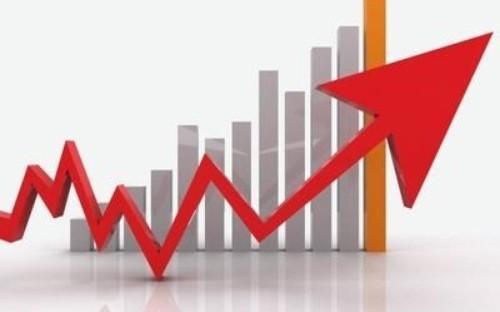Việt Nam cũng là một trong số 6 nền kinh tế mới nổi tăng trưởng trên 6% trong năm nay, bên cạnh Ấn Độ (7,3%), Tanzania (7,2%), Trung Quốc (6,95%), Uganda (6,85%), và Dominica (6,35%).