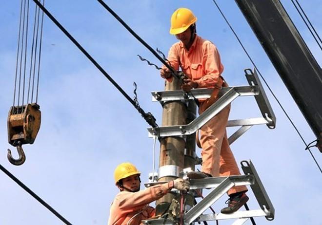 Hoàn thành 2 cụm dự án điện quan trọng cho miền Nam