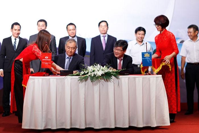 Lễ ký kết Thỏa thuận hợp tác chiến lược Techombank và Vietnam Airline. Nguồn website: techcombank.com.vn