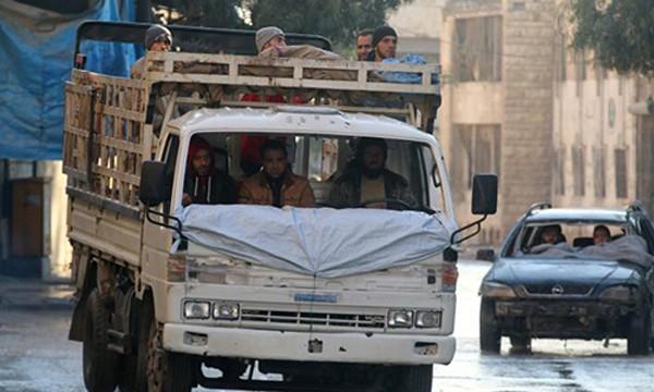 Quân nổi dậy quyết bám trụ lại Aleppo. Ảnh:Reuters