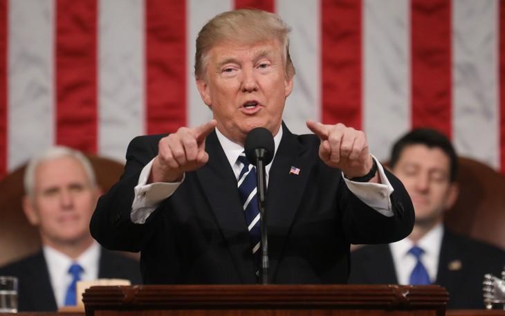 Tổng thống Donald Trump phát biểu trước Quốc hội Mỹ hôm 1/3 (Ảnh: Reuters)