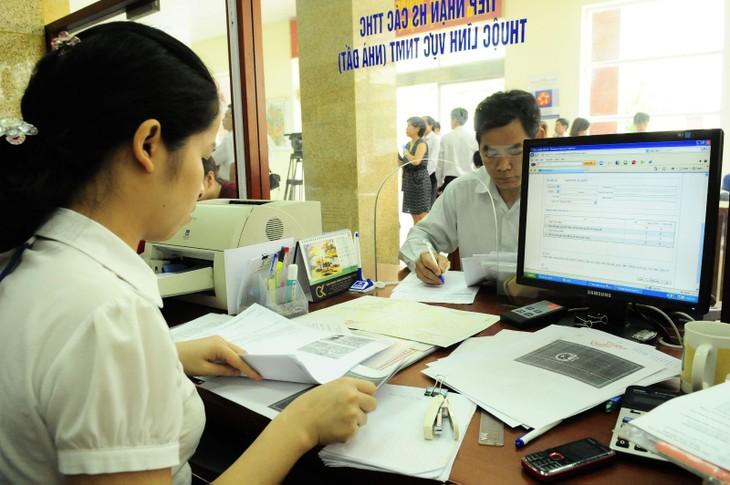 Năm nay ngành thuế phấn đấu giải quyết đúng thời gian 100% hồ sơ khiếu nại của người nộp thuế. Ảnh: Ngọc Anh
