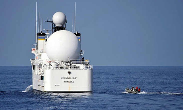 Tàu USNS Invincible. Ảnh:Reuters.