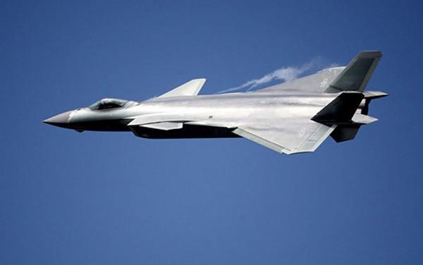 Tiêm kích tàng hìnhJ-20 của Trung Quốc. Ảnh:Reuters.