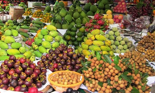 Măng cụt, bòn bon là những mặt hàng hoa quả Thái được người Việt ưa chuộng.Ảnh: Hồng Châu