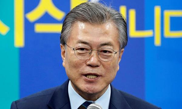 Ứng viên hàng đầu của chức tổng thống Hàn Quốc Moon Jae-in. Ảnh:Reuters