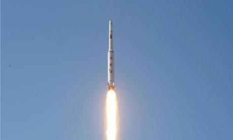 Một tên lửa Triều Tiên được phóng lên không trung. Ảnh minh họa: KCNA
