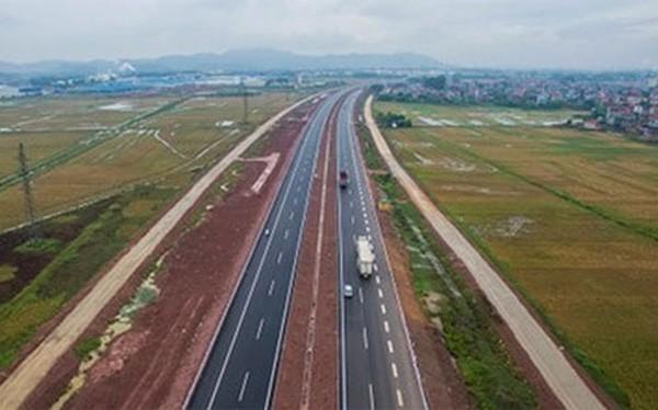 Theo chuyên gia Ngô Trí Long, Bộ Giao thông Vận tải nên có xử phạt rõ ràng khi nhà đầu tư vi phạm hợp đồng - Ảnh minh họa.