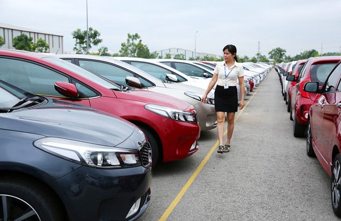 Ngành công nghiệp ô tô phải chịu áp lực lớn từ các cam kết cắt giảm thuế quan. Ảnh: Lê Tiên
