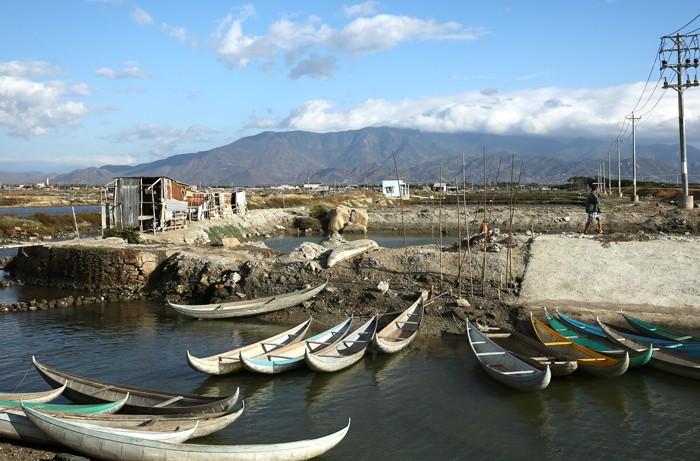 Mỗi năm Công ty TNHH MTV Khai thác công trình thủy lợi Ninh Thuận thực hiện hàng trăm gói thầu và hầu hết đều áp dụng chỉ định thầu. Ảnh: Lê Tiên
