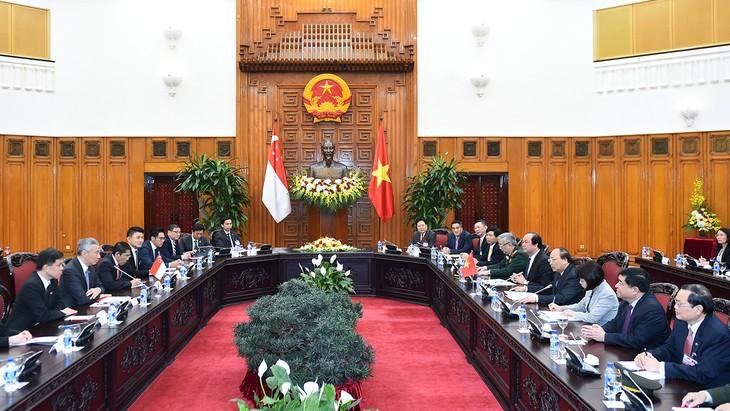 Hội đàm giữa Việt Nam và Singapore hướng đến mục tiêu thúc đẩy quan hệ đối tác chiến lược trong thời gian tới. Ảnh: Quang Hiếu